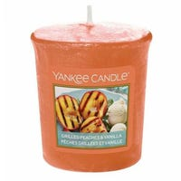 Yankee Votive Grilled Peaches And Vanilla 49g