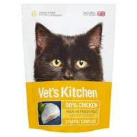 Vets Kitchen Ultra Fresh Cat Food Chicken Pouch 110g